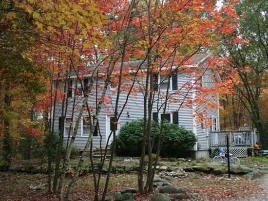 25 Whippoorwill Dr, Newton, NH 03858