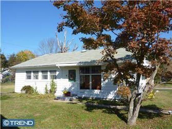 517 Filbert Rd, Oreland, PA 19075