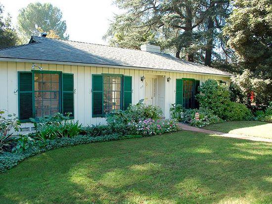 554 Buena Loma St, Altadena, CA 91001