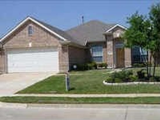 3809 Calloway Dr, Mansfield, TX 76063