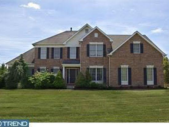 1472 Heather Ridge Dr, Newtown, PA 18940