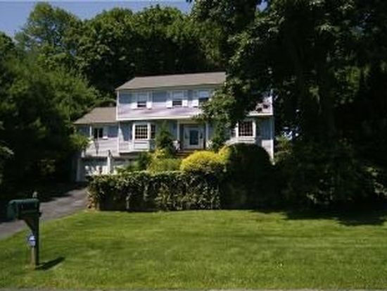 5 Old Witch Ct, Norwalk, CT 06853