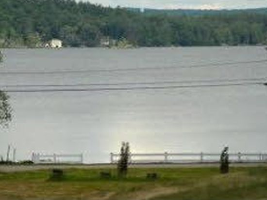 230 Lake Shore Dr, Franklin, NH 03235