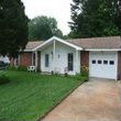 9027 Trailhead Ct, Charlotte, NC 28227