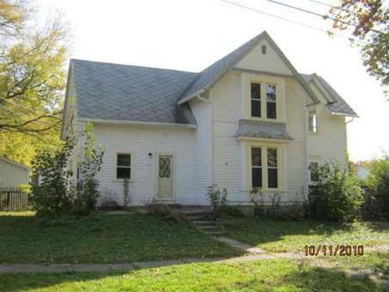 401 N Jefferson St, Harvard, IL 60033