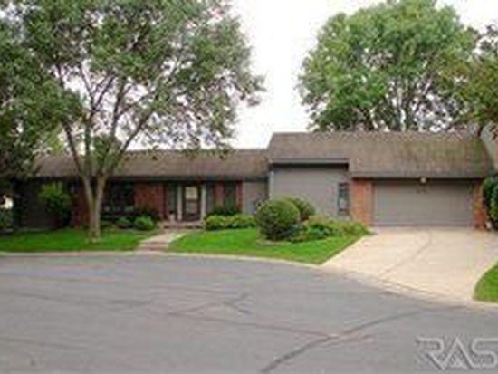 3201 W Woodcrest Way, Sioux Falls, SD 57105