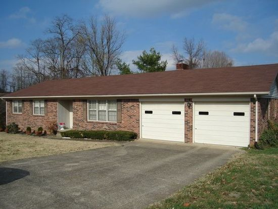 211 Adairland Ct, Glasgow, KY 42141