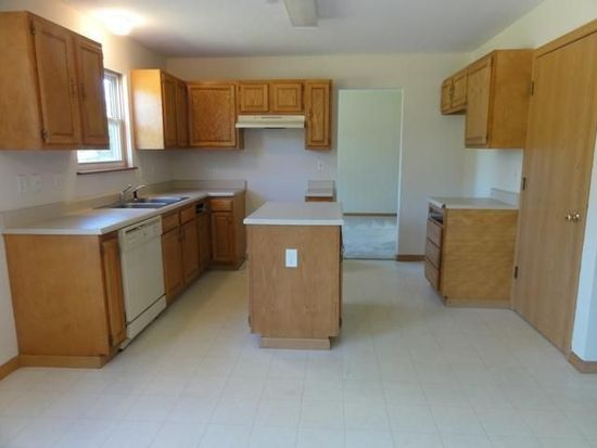 282 Green Ave, Groveport, OH 43125
