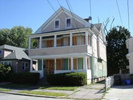 18 Spooner St, Providence, RI 02907