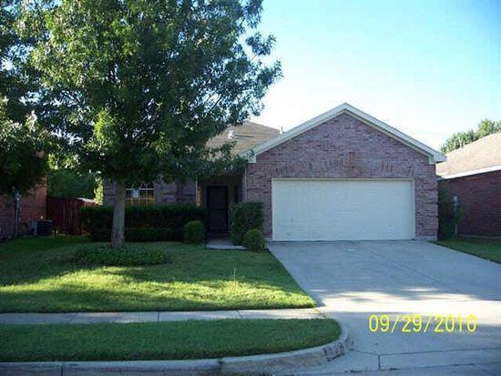 2731 Scarborough Dr, Grand Prairie, TX 75052