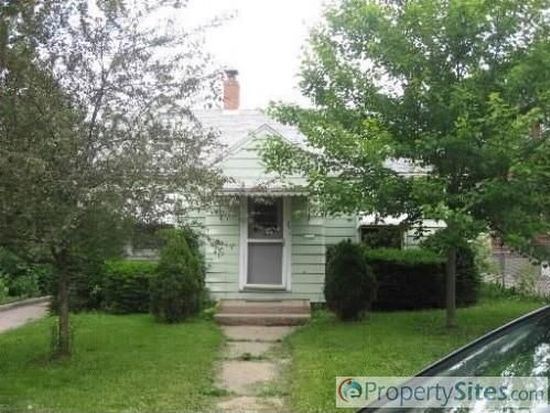 75 Wilcox Ave, Elgin, IL 60123