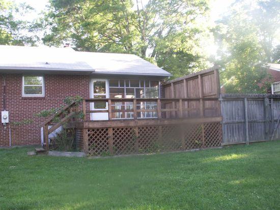 530 Oak Ln, Halifax, VA 24558