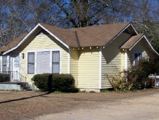 913 Gill St, Columbia, MS 39429