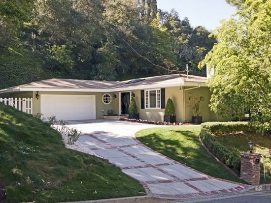 9754 Oak Pass Rd, Beverly Hills, CA 90210