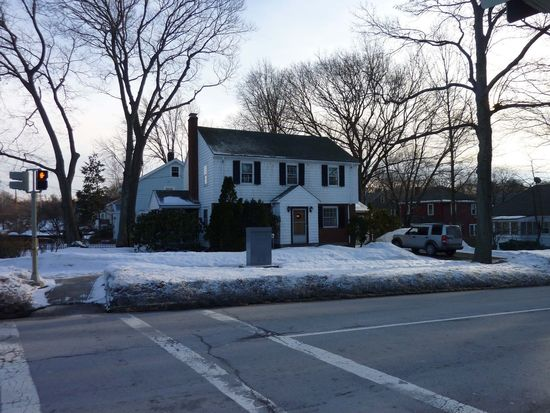 416 Vfw Pkwy, Chestnut Hill, MA 02467
