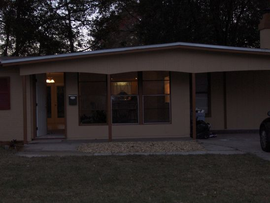 8736 Sanlando Ave, Jacksonville, FL 32211
