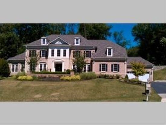 901 Georgetown Ridge Ct, Mc Lean, VA 22102