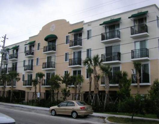 400 SW 2nd St APT 104, Miami, FL 33130