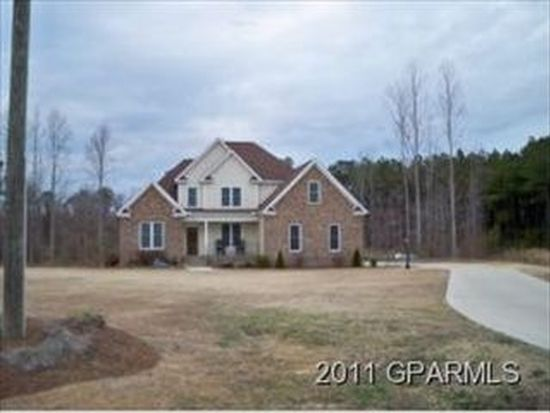 3203 Misty Pines Rd, Greenville, NC 27858