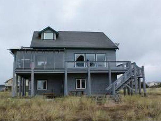 415 Riviera St SW, Ocean Shores, WA 98569