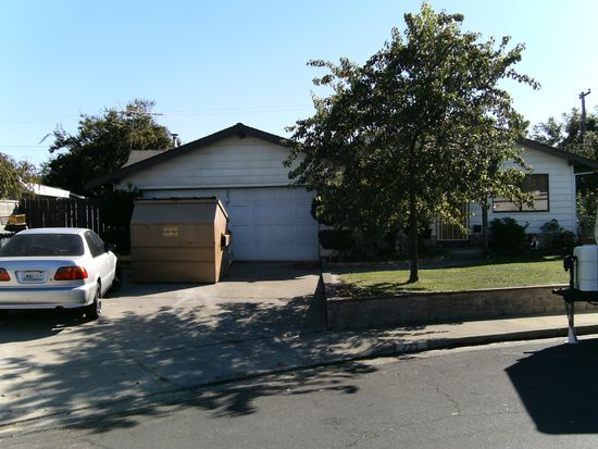 223 Lawrence Ct, Fairfield, CA 94533