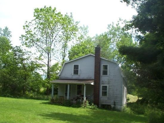 101 Mcconnell Rd, Grove City, PA 16127