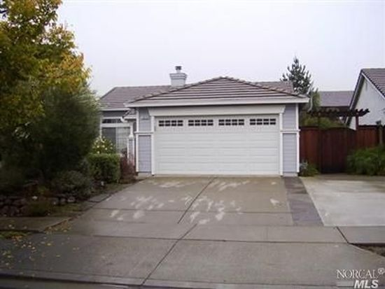 1675 Highland Cir, Fairfield, CA 94534