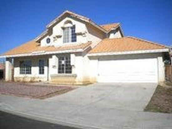 14524 Pony Trail Rd, Victorville, CA 92392