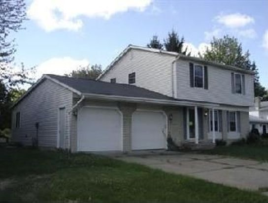 5566 Reef Rd, Mentor On The Lake, OH 44060