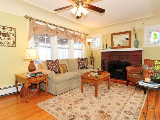 77 Collins Ave, Bloomfield, NJ 07003