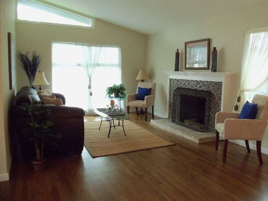 1830 Pine St, Livermore, CA 94551