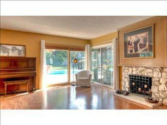 22536 Friar St, Woodland Hills, CA 91367