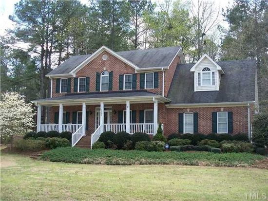 1720 Rocky Falls Ct, Raleigh, NC 27610
