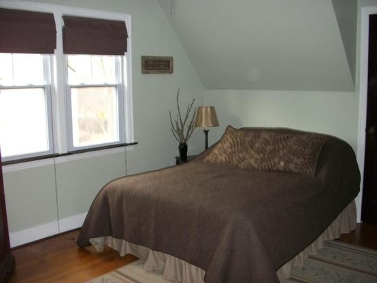 15 Wilson Pkwy, Lockport, NY 14094