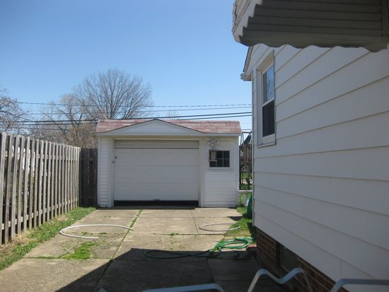 4377 W 155th St, Cleveland, OH 44135