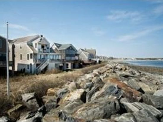40 Beach Plum Way, Hampton, NH 03842