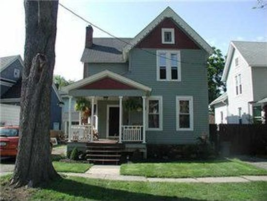 11 Juniper St, Lockport, NY 14094