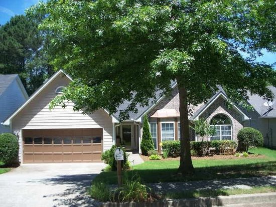 5177 Sterling Trace Dr NW, Lilburn, GA 30047