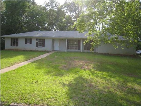 805 Meadow Hill Dr, Clinton, MS 39056