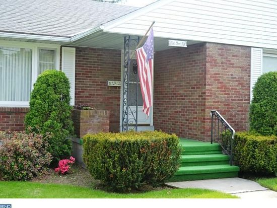 226 E Penn Ave, Wernersville, PA 19565