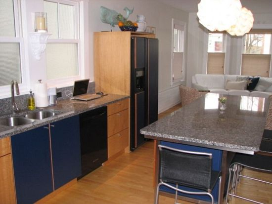 115 Court St, Portsmouth, NH 03801