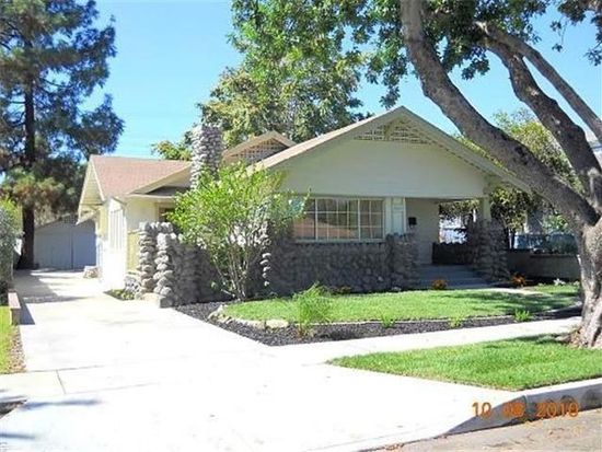 569 N 8th Ave, Upland, CA 91786