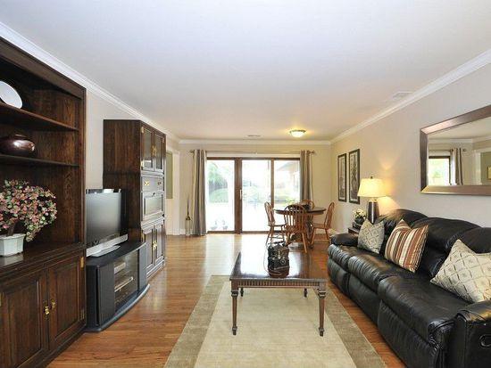231 Dover St, Los Gatos, CA 95032