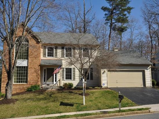 8031 Oak Hollow Ln, Fairfax Station, VA 22039
