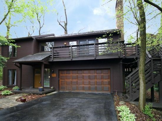 403 Hickory Ln, Westerville, OH 43081