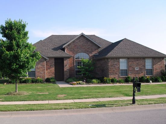 4069 W Olive Tree Dr, Fayetteville, AR 72704