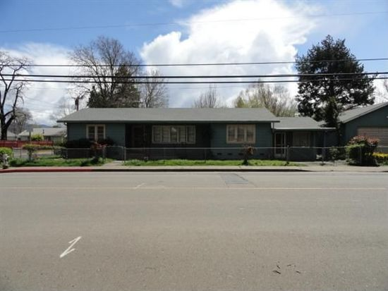 391 E Valley St, Willits, CA 95490