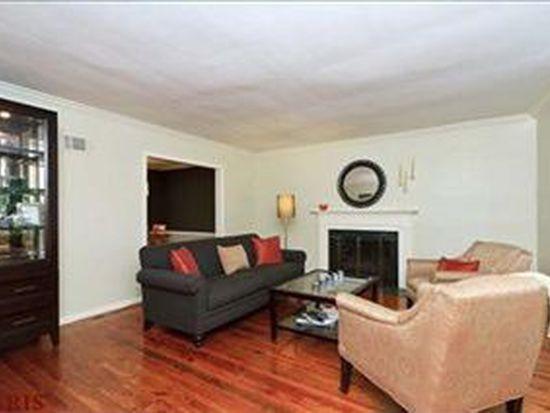 8700 W Kingsbury Ave, Saint Louis, MO 63124