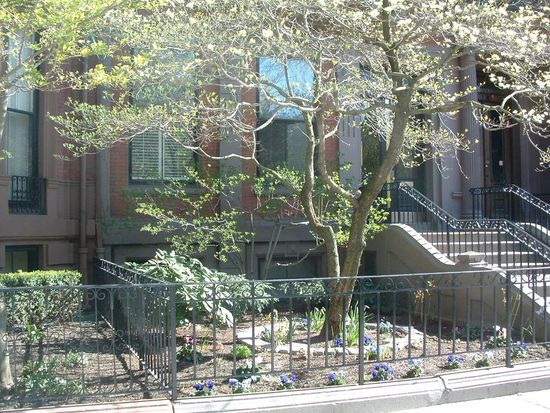 70 Commonwealth Ave APT 1, Boston, MA 02116