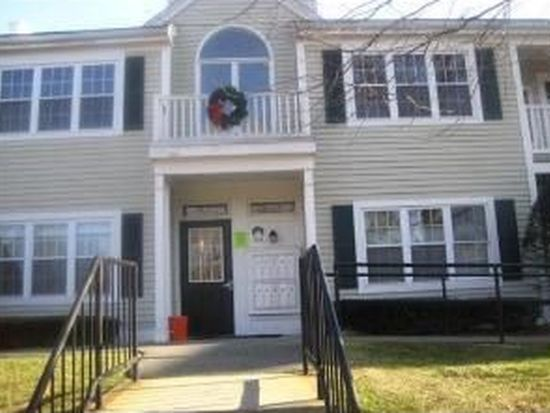 1000 Spring Valley Dr, Andover, MA 01810